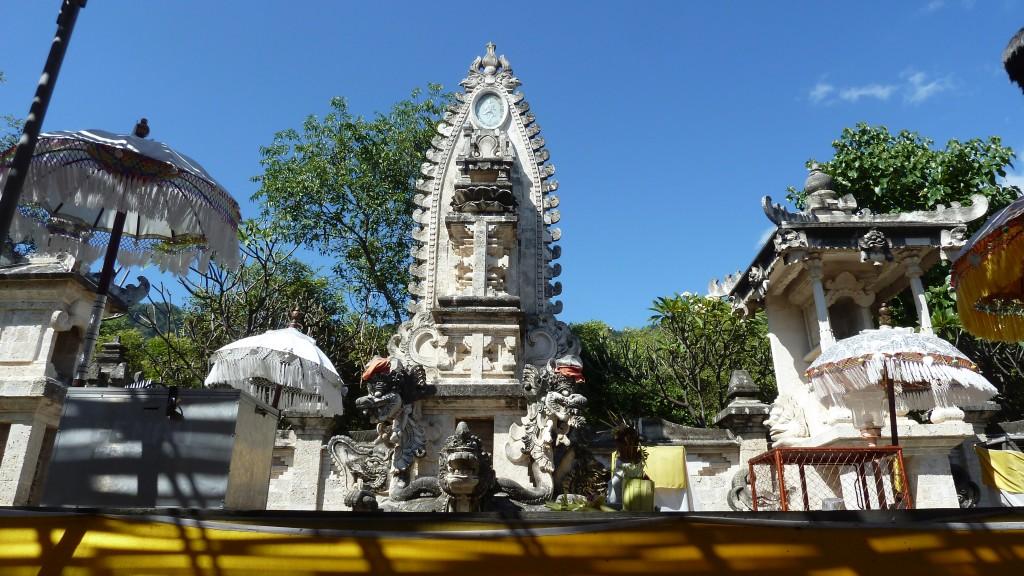 Pemuteran Tempel